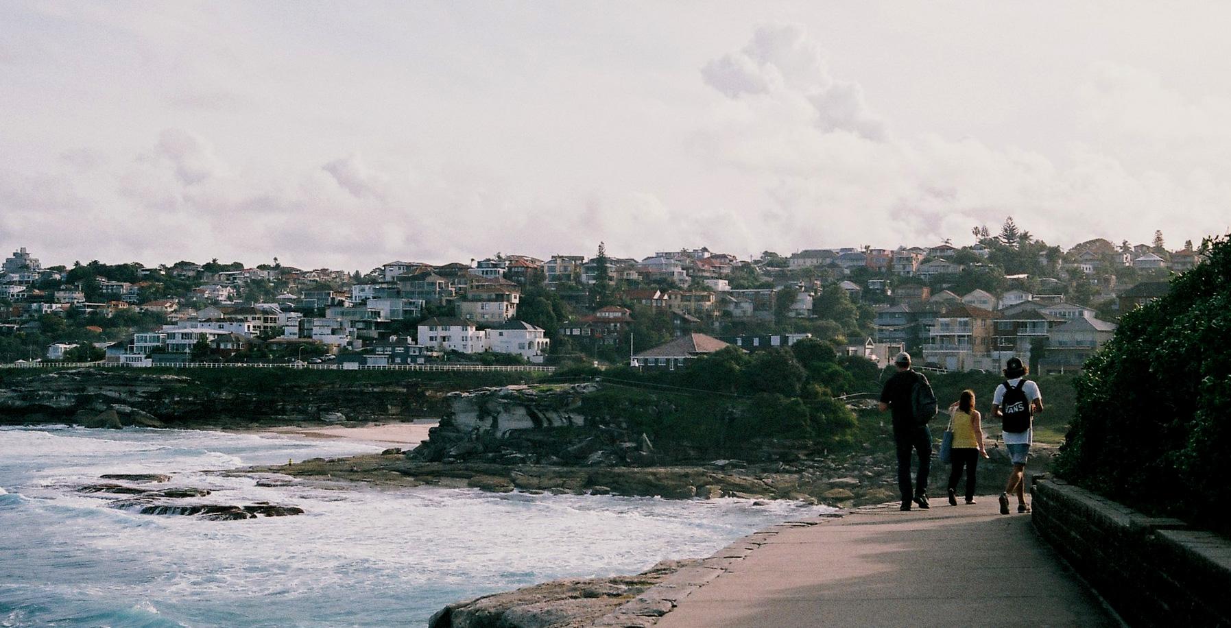 Looking toward Tamarama from Marks Park, Sydney.