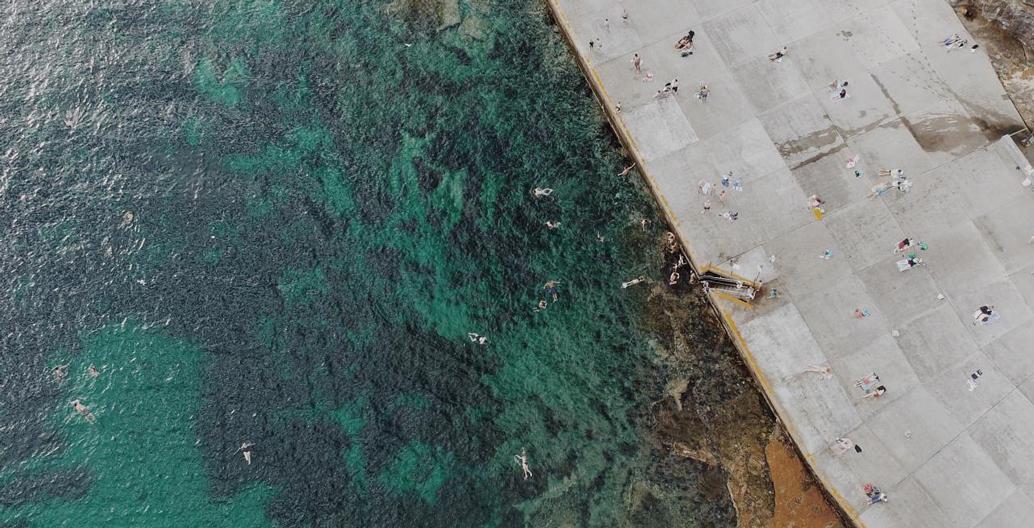 Sydney's Clovelly ocean baths from above. Image: Abdul Moeez.