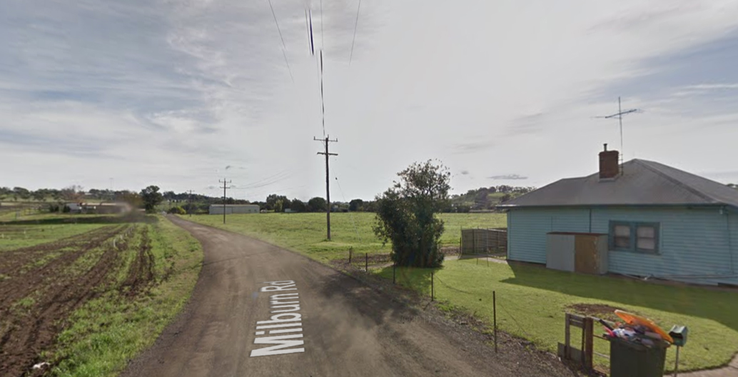 A dirt road in the peri-urban suburb of Keilor in Melbourne's outer-west. Image: Google.