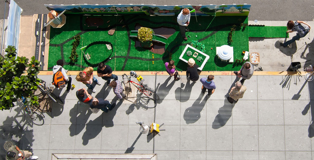The Golden Gate parklet, in San Fransisco for PARK(ing) Day 2012. Image: Sergio Ruiz.