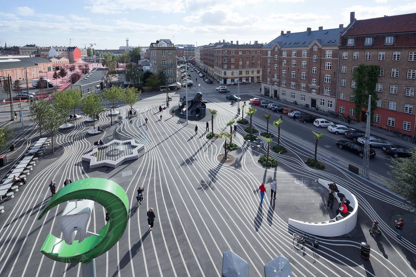 Superkilen, Copenhagen. Topotek 1 + BIG Architects + Superflex Image: Forgemind Archimedia