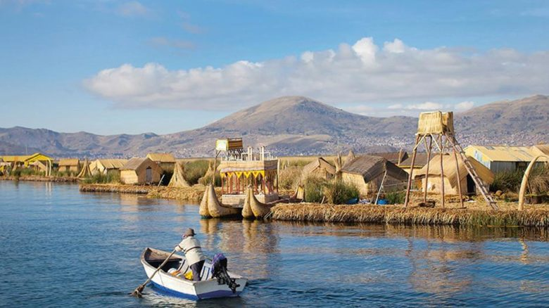 A floating island system on Lake Titicaca in Peru inhabited by the Uros, who build their entire civilization from the locally grown totora reed. Photo: © Enrique Castro-Mendivi