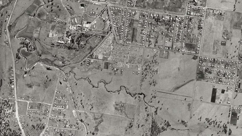 Aerial shot of Small Creek, circa 1946. Image: Ipswich Council