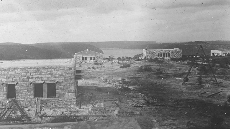 View of Castlecrag houses under construction c1922 (c) National Library of Australia